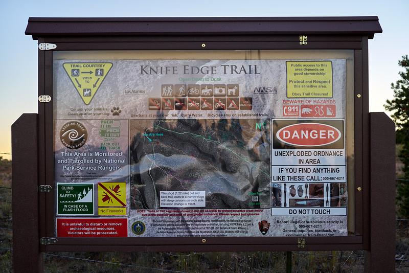 _DSC8050_Knife Edge Trail Sign_7849x5235_3239x2160