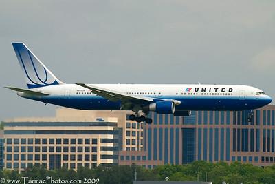 UnitedAirlinesBoeing767322N643UA_4