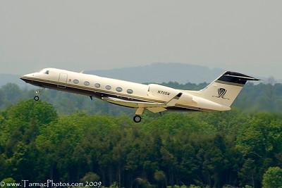 GulfstreamG450N711SW_100
