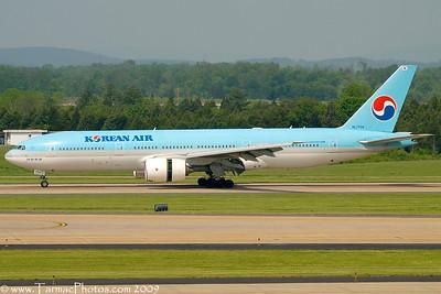 KoreanAirBoeing7772B5ERHL7734_20