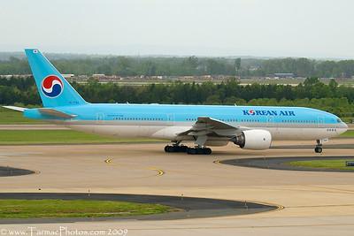 KoreanAirBoeing7772B5ERHL7764_31