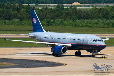UnitedAirlinesAirbusA319131N831UA_25