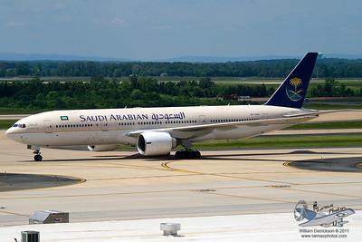SaudiArabianAirlinesBoeing777268ERHZAKC_11