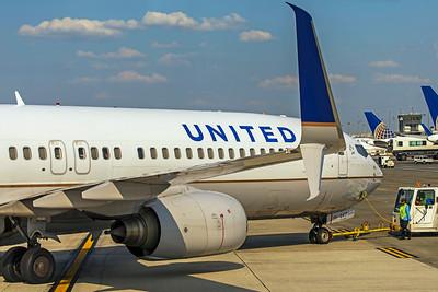 United Airlines Boeing 737-924(ER) N38417 7-11-18
