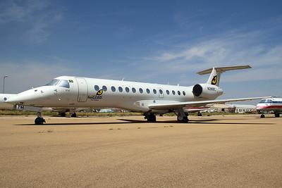 Lynx Taxi Aereo Embraer ERJ-135LR N280EC 8-19-15