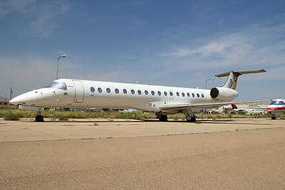 Passaredo Transportes Aéreos Embraer ERJ-145EU PR-PSF 8-19-15