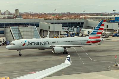 American Airlines Boeing 757-223 N177AN 4-24-18