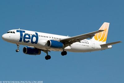 TedAirlinesAirbusA320232N487UA_99