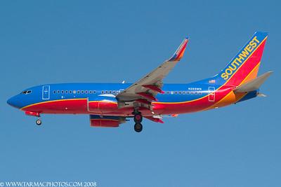 SouthwestAirlinesBoeing7377H4N269WN_74