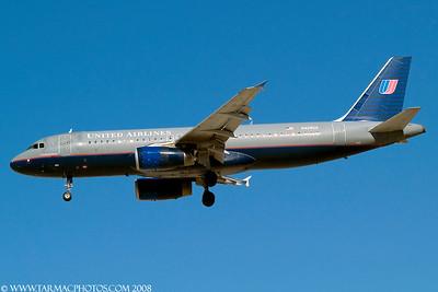 UnitedAirlinesAirbusA320232N429UA_103