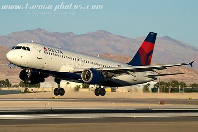 DeltaAirlinesAirbusA320212N374NW_1