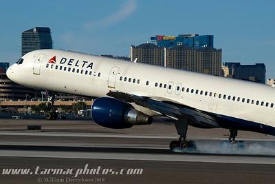 DeltaAirlinesBoeing757232N6703D_13