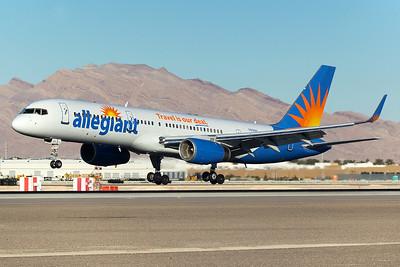 Allegiant Air Boeing 757-204 N901NV 12-28-14