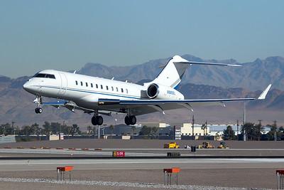 Bombardier BD-700-1A11 N985EL 12-19-15