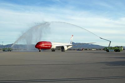 Norwegian Boeing 787-9 G-CIXO 10-31-16