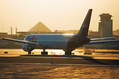 FedEx Express Boeing 767-300F N146FE 6-22-17