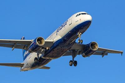 jetBlue Airways Airbus A320-232 N584JB 6-21-17