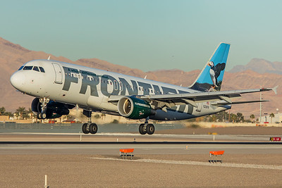 Frontier Airlines Airbus A320-214 N218FR 12-28-17