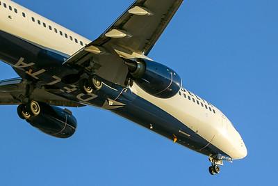 Delta Airlines Boeing 737-900ER N874DN 6-21-17