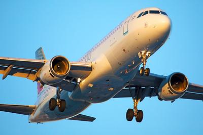 Air Canada Airbus A320-211 C-FFWJ 6-22-17