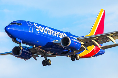 Southwest Airlines Boeing 737-7H4 N914WN 6-24-17