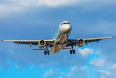 American Airlines Airbus A321-231 N974UY 5-28-18