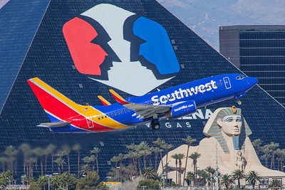 Southwest Airlines Boeing 737-7H4 N709SW 3-28-18