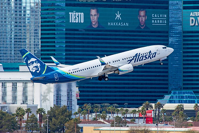 Alaska Airlines Boeing 737-890 N588AS 3-11-18
