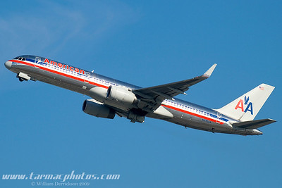 AmericanAirlinesBoeing757223N645AA_11