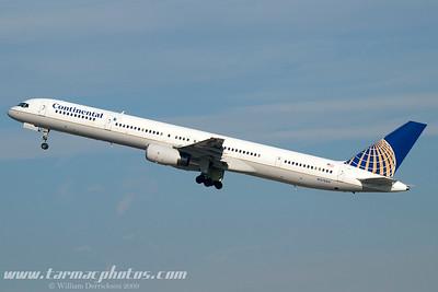ContinentalAirlinesBoeing75733NN57864_10