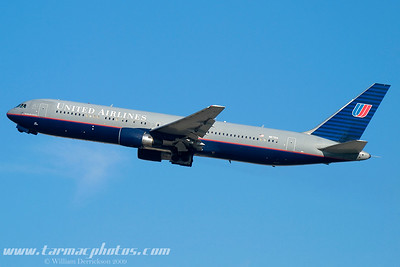 UnitedAirlinesBoeing767322N671UA_19
