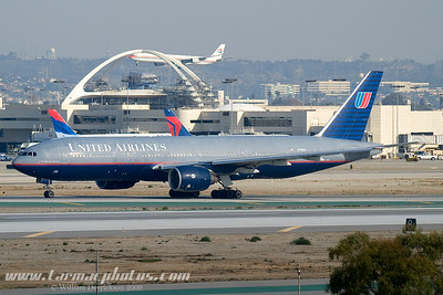 UnitedAirlinesBoeing777222N794UA_2