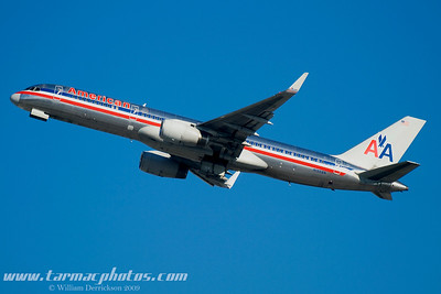 AmericanAirlinesBoeing757223N195AN_18