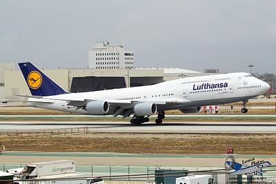 LufthansaBoeing747830DABYD_13