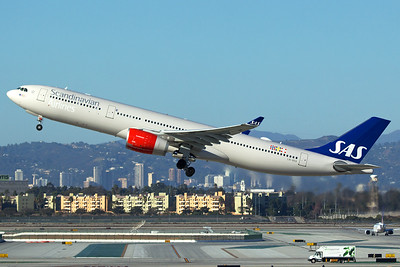 Scandinavian Airlines (SAS) Airbus A330-343 LN-RKR 11-2-16