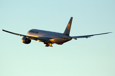Lufthansa Cargo Boeing 777-FBT D-ALFE 11-2-16 2