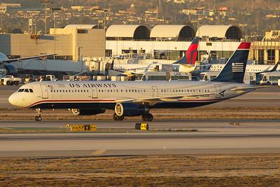 American Airlines Airbus A321-231 N563UW 11-2-16