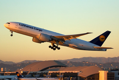 Lufthansa Cargo Boeing 777-FBT D-ALFE 11-2-16