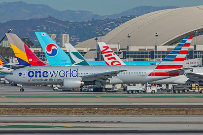 American Airlines Boeing 777-223(ER) N791AN 12-18-17