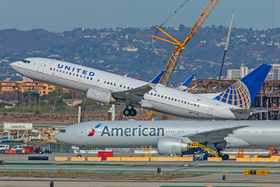 United Airlines Boeing 737-824 N77510 12-18-17
