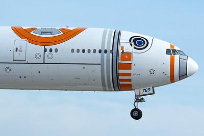 All Nippon Airways Boeing 777-381ER JA789A 4-25-17