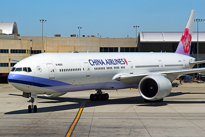 China Airlines Boeing 777-309ER B-18005 6-14-17