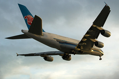 China Southern Airlines Airbus A380-841 B-6140 4-25-17