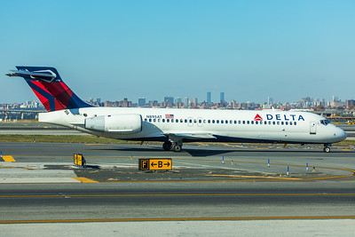 Delta Airlines Boeing 717-2BD N895AT 11-29-17