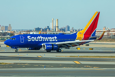 Southwest Airlines Boeing 737-7H4 N771SA 11-29-17