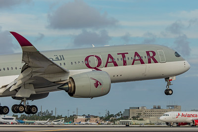 Qatar Airways Airbus A350-941 A7-ALE 11-28-17