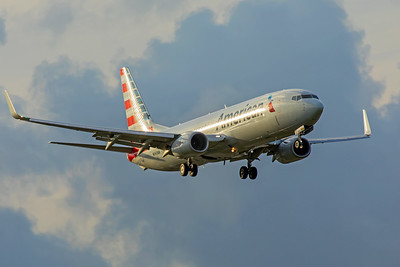 American Airlines Boeing 737-823 N943NN 11-28-17