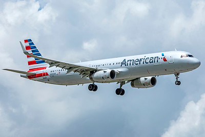 American Airlines Airbus A321-231 N133AN 9-4-18