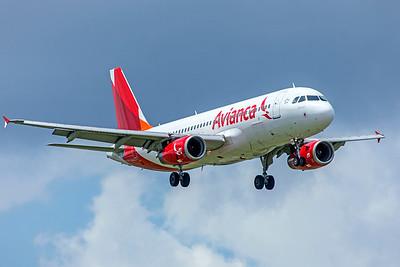 Avianca Costa Rica Airbus A320-233 N680TA 9-4-18