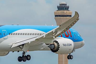 TUI Airlines Belgium Boeing 787-8 Dreamliner OO-LOE 9-4-18